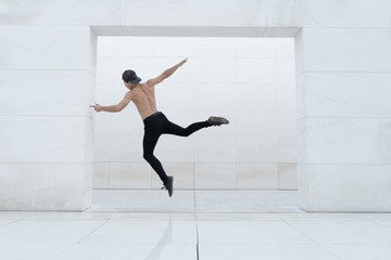 Shirtless man in jump
