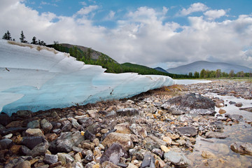 The summer ice of the Far East