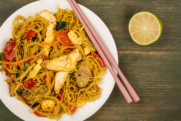 Chinese Style Asian Spicy Singapore Noodles