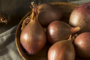 Raw Organic Shallot Onions