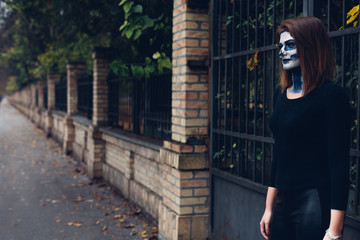 Woman in Skeleton costume