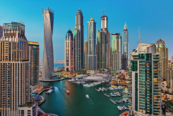 Keuken foto achterwand Dubai General view of Dubai Marina at twilight from the top