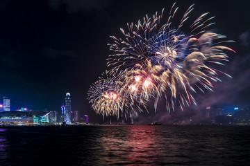 Fotomurales - Fireworks display at Victoria harbor of Hong Kong