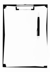Klemmbrett mit leerem Blatt Papier