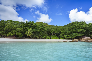 Looking to the coast of anse lazio from the water, praslin, seychelles 5