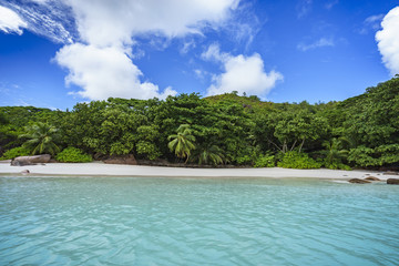 Looking to the coast of anse lazio from the water, praslin, seychelles 6
