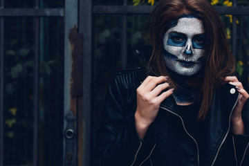 Woman in Skeleton mask
