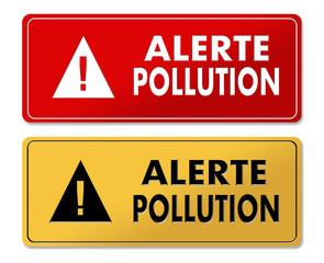 Pollution Alert warning panels in French translation
