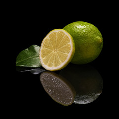 Lime with a round slice