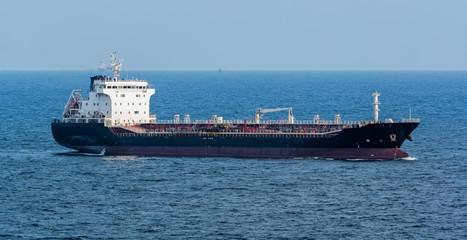 Asphalt/Bitumen tanker