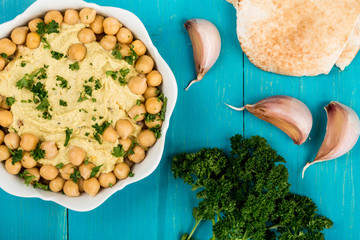 Hummus With Chickpeas and Pitta Bread