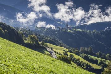 Rodeneck in Südtirol, Pustertal, Blick zur Plose