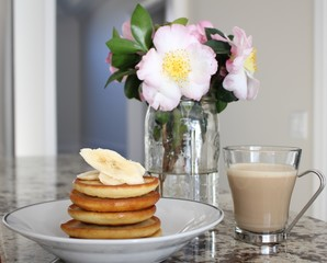 Pancakes with latte
