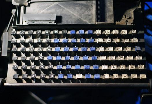 Linotype keyboard letters full