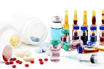 ilaçlar, haplar,iğneler