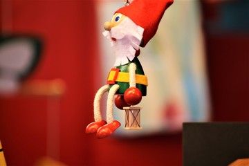 An image of a christmas tree toys