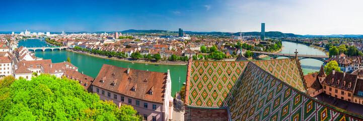 Old city center of Basel with Munster cathedral and the Rhine river, Switzerland, Europe. Fototapete