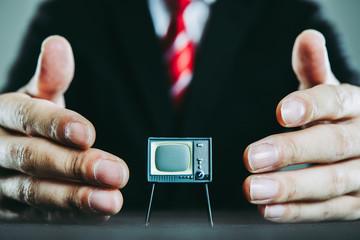 テレビとビジネスマン