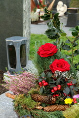 At the Cemetery, am Friedhof, Grabgesteck zu Allerheiligen