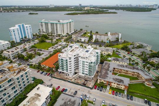 Aerial photo of a building under construction in Miami Beach Bay Harbor Island