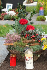 At the Cemetery, am Friedhof, Trauer, Tod, Grabpflege
