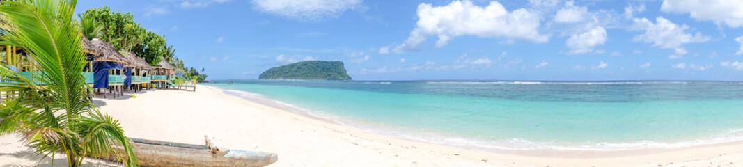 Keuken foto achterwand Oceanië Panorama of fale beach huts on Lalomanu Beach, Upolu island, Samoa, South Pacific