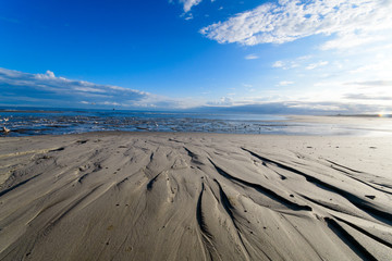 Wall Mural - Morgensonne am Meer: Nordsee, Strand auf Langenoog, Ruhe, Dünen, Natur, Entspannung, Erholung, Ferien, Urlaub, Meditation :)