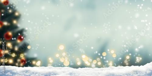 weihnachtsbaum schneefall weihnachtlicher hintergrund. Black Bedroom Furniture Sets. Home Design Ideas