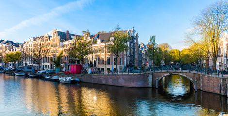 Canal à Amsterdam, Hollande aux Pays-Bas