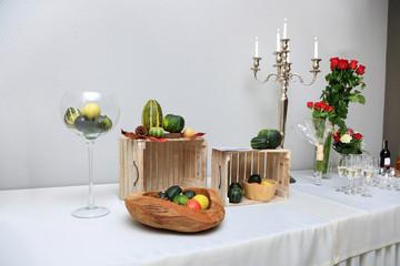 Dekoracja na szweckim stole w restauracji.
