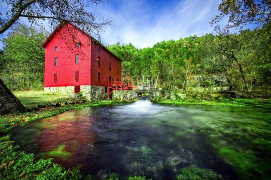Alley Springs Mill, Ozark National Scenic Riverways, Missouri, USA