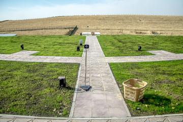 Shooting range for shotgun shooting from a gun