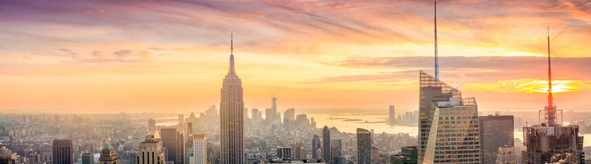 Fototapete - Panorama of Manhattan Skyline  at sunset