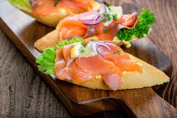 Buffet - Brötchen - Sandwich - Platte - Wurst - Käse - Lachs