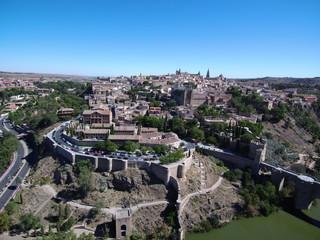 Drone sobre Toledo, Castilla La Mancha, España. Fotografia aerea