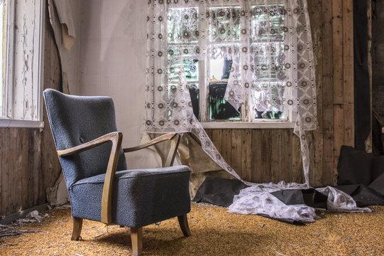 Chambre dans une maison abandonnée
