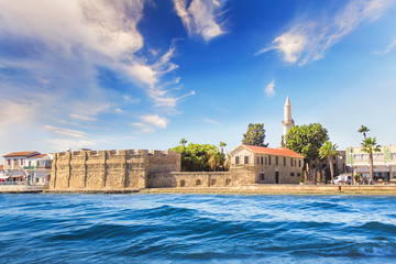 Autocollant pour porte Chypre Beautiful view of the castle of Larnaca, on the island of Cyprus