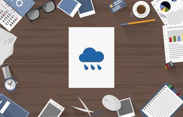 Regenwolke - Dokument auf Schreibtisch
