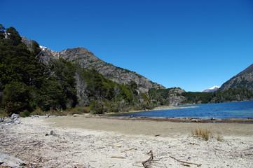 Lac de montagne de la région de Bariloche - 8