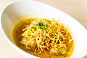 curry noodles soup with soft pork ribs