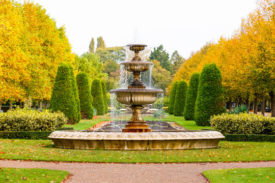 Peaceful scenery with fountain in the Regent's Park of London