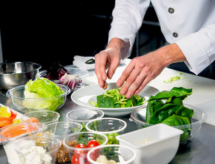process of cooking healthy salad