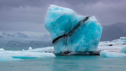 Iceberg in Jokulsarlon lagoon / Eisberg in der Gletscherlagune Jökulsarlon
