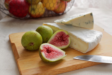 Cheeses and figs