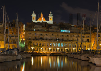 City Senglea at night