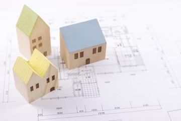 木の住宅と図面