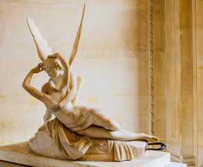Psyche revived by the kiss of Love, Antonio Canova, 18th century marble, Louvre Museum, Paris, France,