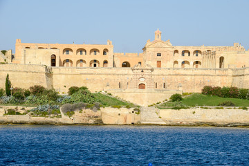 Zelfklevend Fotobehang Vestingwerk View of manoel fort and island