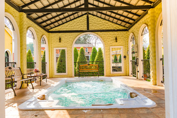 Luxury modern Swimming pool tuscany style,party,Can adjust the temperature of water,for children