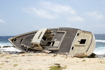 Abandoned Sailboat, Wreck